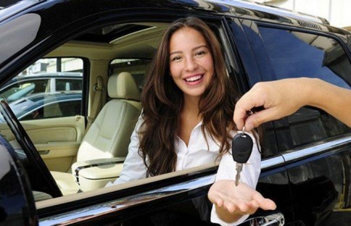sewa mobil mewah jakarta menyediakan mobil mewah untuk para pelanggannya
